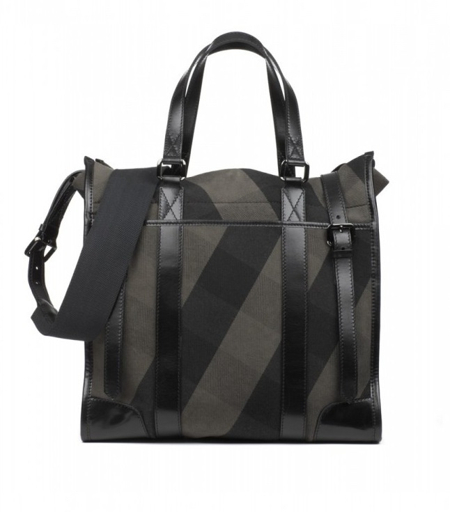 gt2009 burberry man bag collection the first wonder of